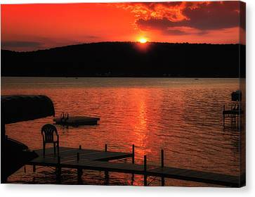 Finger Lakes New York Sunset By The Dock 02 Canvas Print by Thomas Woolworth