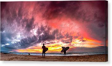 Fire In The Sky. Canvas Print by Sean Davey