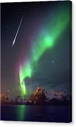 Fireball In The Aurora Canvas Print by Alex Conu