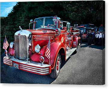 Fireman - 1949 And It Still Runs  Canvas Print by Mike Savad