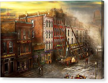 Fireman - Washington Dc - Fire At Bedell's Bedding 1915 Canvas Print by Mike Savad