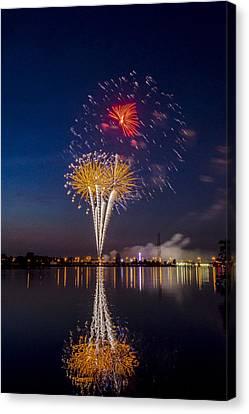 Fireworks - 11 Canvas Print