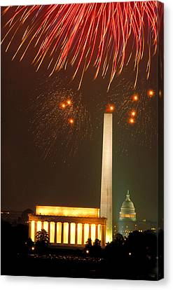 Fireworks Over Washington Dc Mall Canvas Print