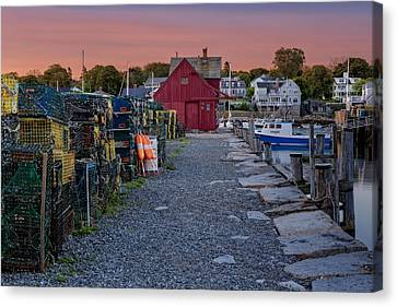 Old Canvas Print - First Light At Motif Number One by Susan Candelario