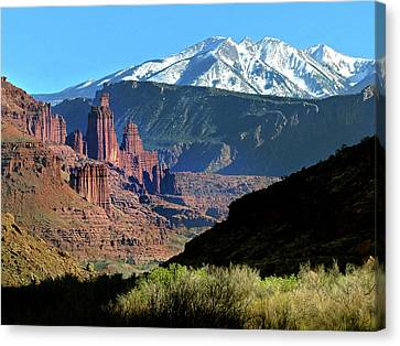 Fisher Towers 1 Canvas Print by Jeff Brunton