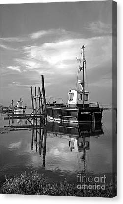 Fishing Boat In Thornham Harbour Canvas Print