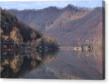 Fishing Camps On The New River Canvas Print by Robert  Suits Jr