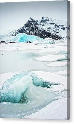 Fjallsarlon Glacier Lagoon Iceland In Winter Canvas Print by Matthias Hauser