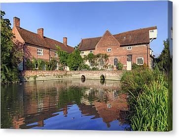 Flatford - England Canvas Print