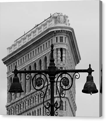 Flatiron Building New York Canvas Print by Andrew Fare
