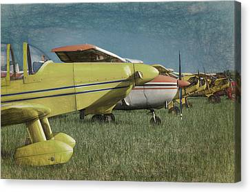Canvas Print featuring the photograph Flightline by James Barber