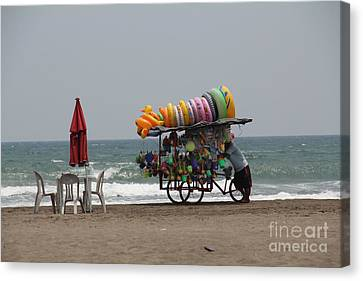 Canvas Print - Floaties Veracruz Mexico by Linda Queally