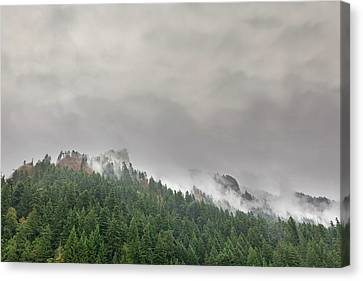 Canvas Print - Fog Rolling Over Columbia River Gorge by David Gn