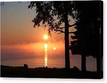 Canvas Print featuring the photograph Fog With A Sunrise On Big Bago by Jack G  Brauer
