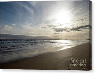 Canvas Print featuring the photograph Footprints In The Sand by Linda Lees