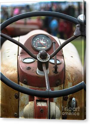 Ford 981 Canvas Print by Steven Digman
