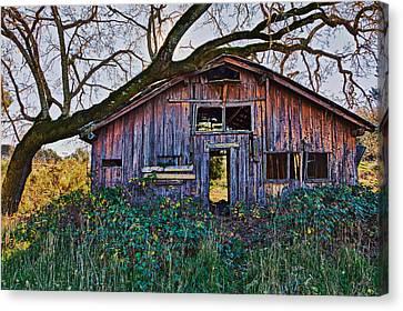 Forgotten Barn Canvas Print by Garry Gay