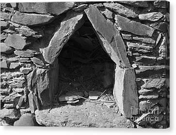 Forgotten Stone Oven In Alentejo Canvas Print by Angelo DeVal