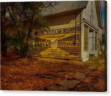Fort Bidwell Store Canvas Print by Michele James