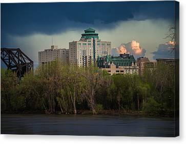 Fort Garry Hotel/fort Garry Place Canvas Print by Bryan Scott