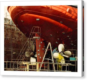 Foss Tug Prop Changing Canvas Print
