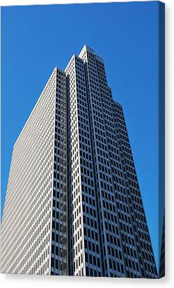 Four Embarcadero Center Office Building - San Francisco - Vertical View Canvas Print by Matt Harang