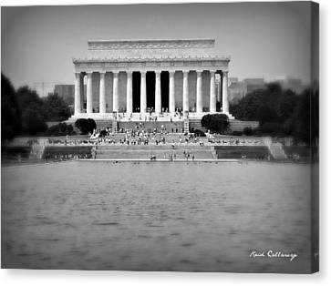 Freedom In Focus The Lincoln Monument  Canvas Print
