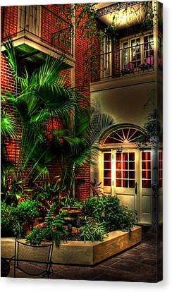 French Quarter Courtyard Canvas Print