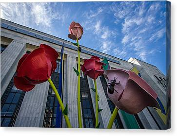 Frist Center For The Arts Canvas Print by Mike Burgquist