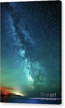 From The Pacific To The Milky Way Canvas Print by Tim Moore