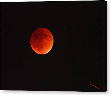 Full Blood Moon Eclipse  Canvas Print by SM Shahrokni