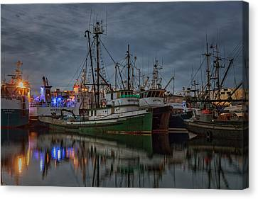 Canvas Print featuring the photograph Full House 2 by Randy Hall