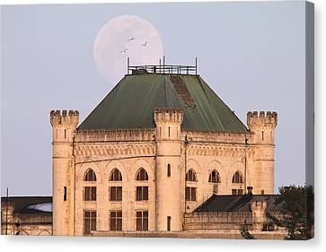 Full Moon Over Portsmouth Naval Prison Canvas Print by Eric Gendron