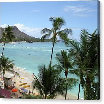 Fun Times On The Beach In Waikiki Canvas Print by Karen Nicholson