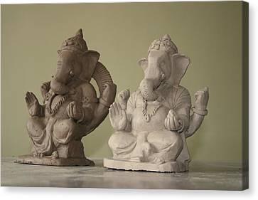 Ganapati Idols Canvas Print by Mandar Marathe