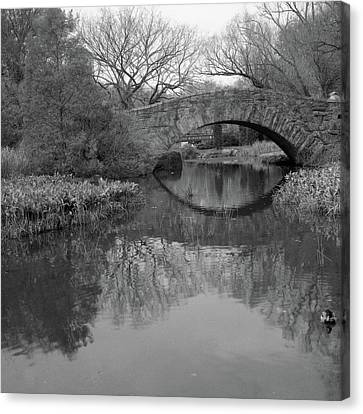 Gapstow Bridge - Central Park - New York City Canvas Print