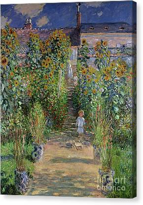 Garden At Vetheuil Canvas Print by Claude Monet