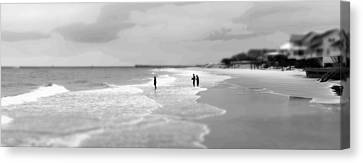 Garden City Beach I Canvas Print by Ivo Kerssemakers