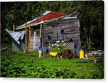 Garden Tool Shed Canvas Print by Garry Gay