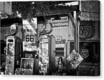 Gas Station On Route 66 Canvas Print by Hideaki Sakurai