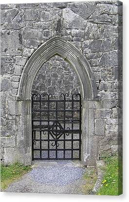 Gate To Irish Castle Canvas Print