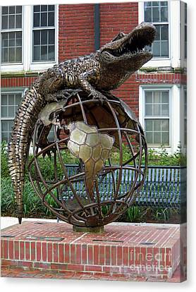 Gator Ubiquity Canvas Print by D Hackett