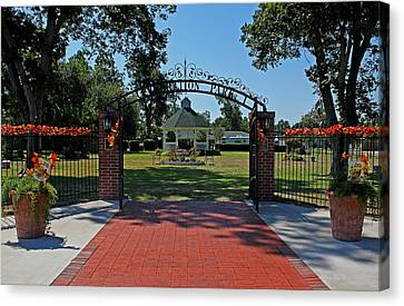 Canvas Print featuring the photograph Gazebo At Celebration Park by Judy Vincent