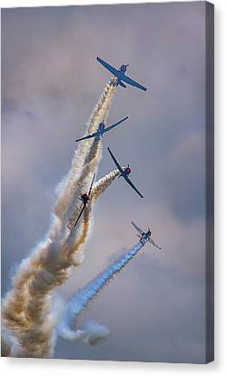 Canvas Print featuring the photograph Geico Skytypers Tree Of Smoke by Rick Berk