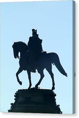 George Washington Monument Philadelphia Canvas Print by Bill Cannon