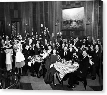 German-americans Celebrate The End Canvas Print by Everett