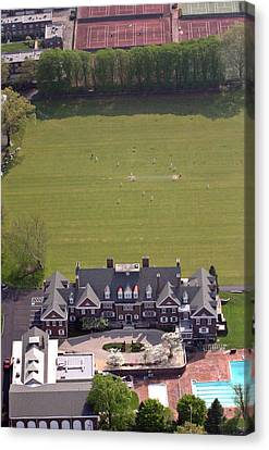 Germantown Cricket Club Courtyard Canvas Print by Duncan Pearson