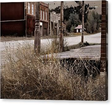 Ghost Town 2 Canvas Print by Leland D Howard