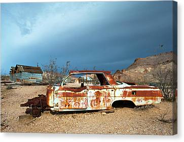 Canvas Print featuring the photograph Ghost Town Old Car by Catherine Lau