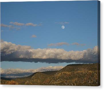 Glorietta Moon Canvas Print by Thor Sigstedt